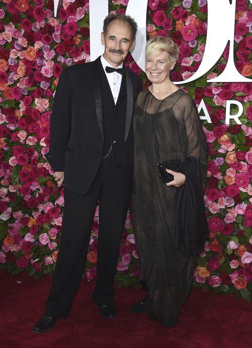 Mark Rylance y Claire van Kampen. (AP)