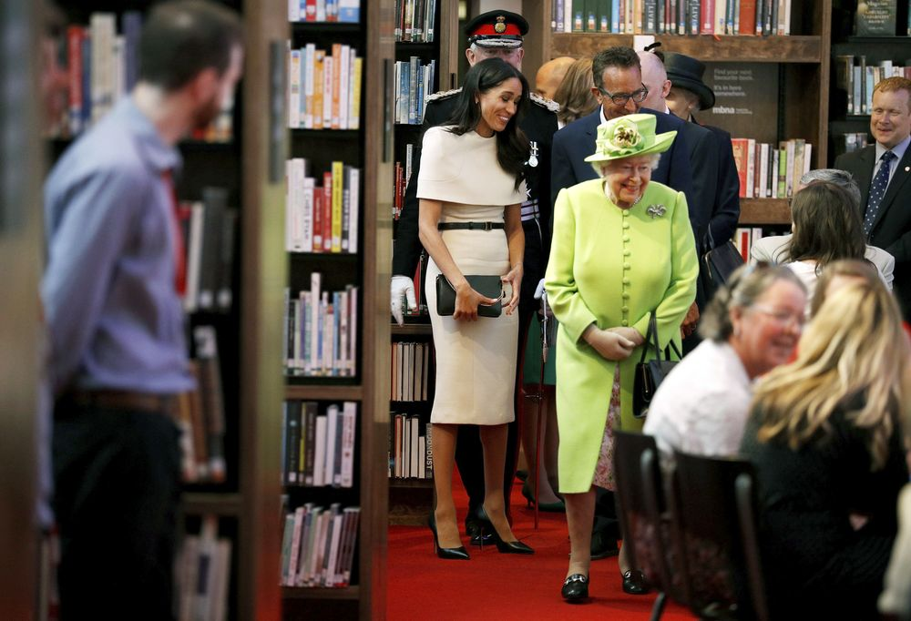 Ambas asistieron a la apertura de una librería, un teatro y un cine. (Foto: AP)