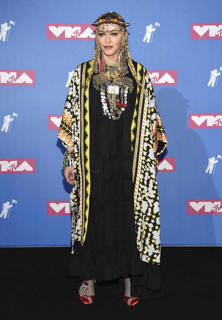 Madonna, que acaba de cumplir 60 años, dijo presente en la ceremonia. (Foto: AP)