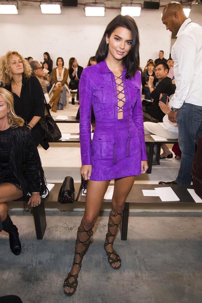 Kendall Jenner siguió los pasos de Caitlyn Jenner y también asistió al NYFW, en su caso, a la pasarela de Longchamp. (Foto: AP)