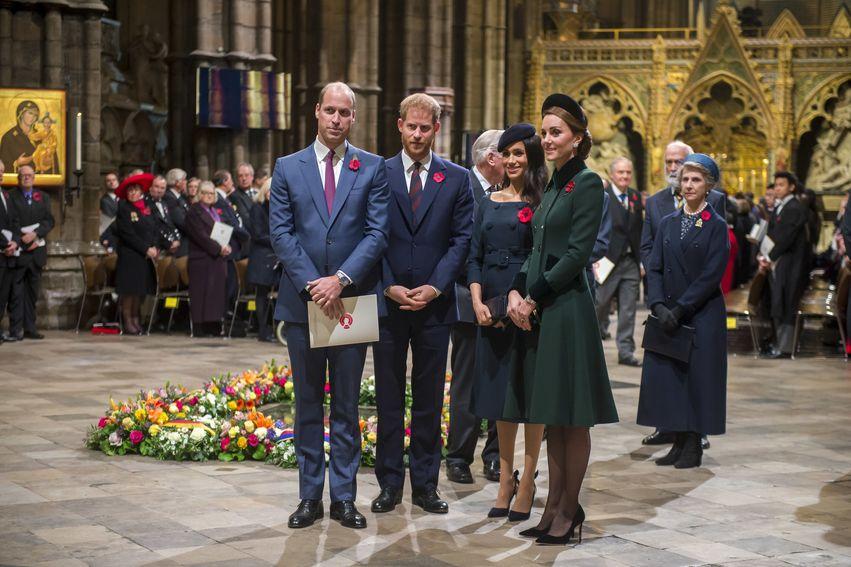 Las duquesas Kate Middleton y Meghan Markle; la primera dama de Estados Unidos, Melania Trump; la reina Leticia; y la princesa Diana han sido grandes fanáticas de este estilo de calzado. (Foto: Archivo)