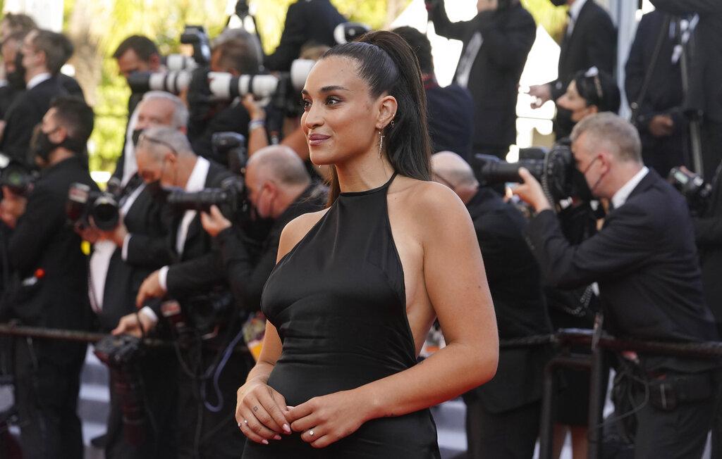 Camélia Jordana Riad-Aliouane es una cantante y actriz francesa. (AP)