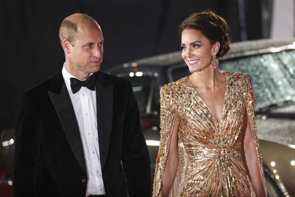 El vestido estuvo a cargo de la diseñadora Jenny Packham. (AP)