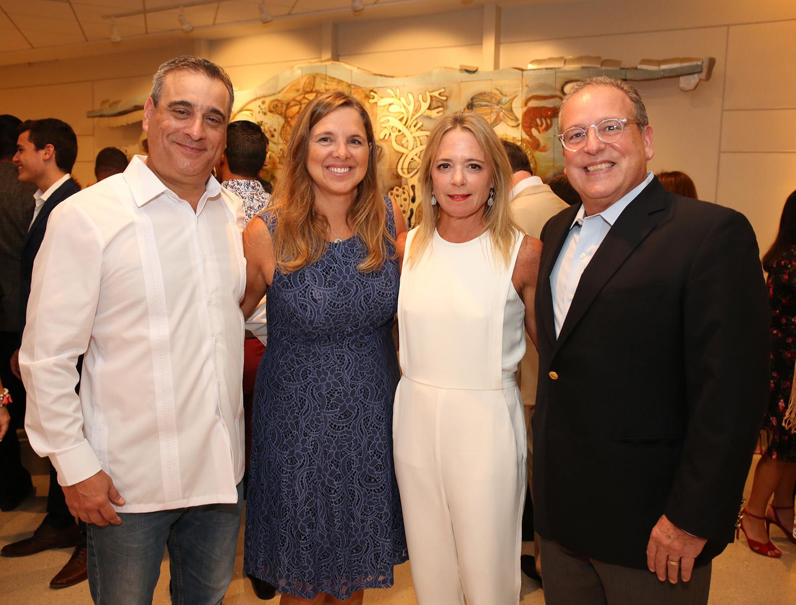 Miguel Simonet, Dolly García, Cristina Fierres y Juan Mario Álvarez.