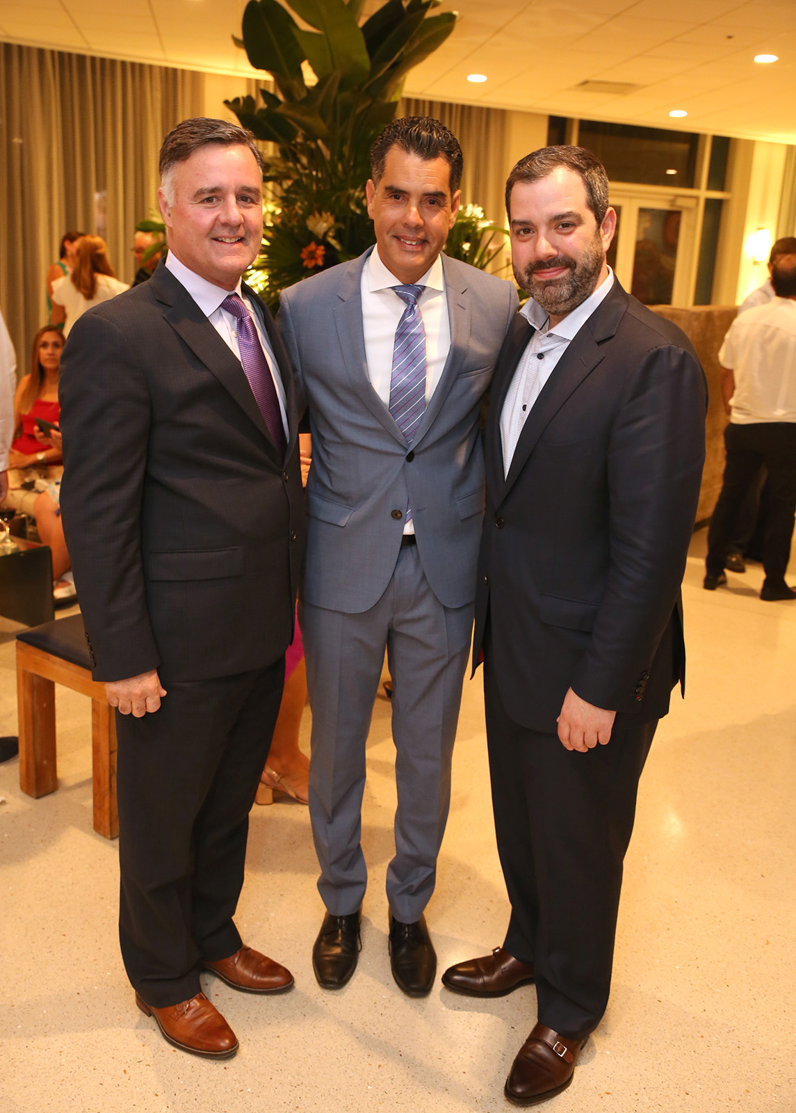 Jim Mrha, Pablo Torres y Joe Piantedosi.