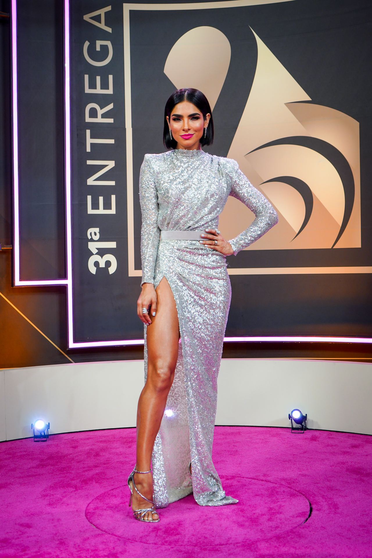 Una de las presentadoras, la modelo mexicana Alejandra Espinoza lució regia como de costumbre. (Suministrada/ Univision)