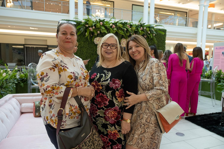 Awilda Meléndez, Maritza Cubián y Christine Franco. Suministrada