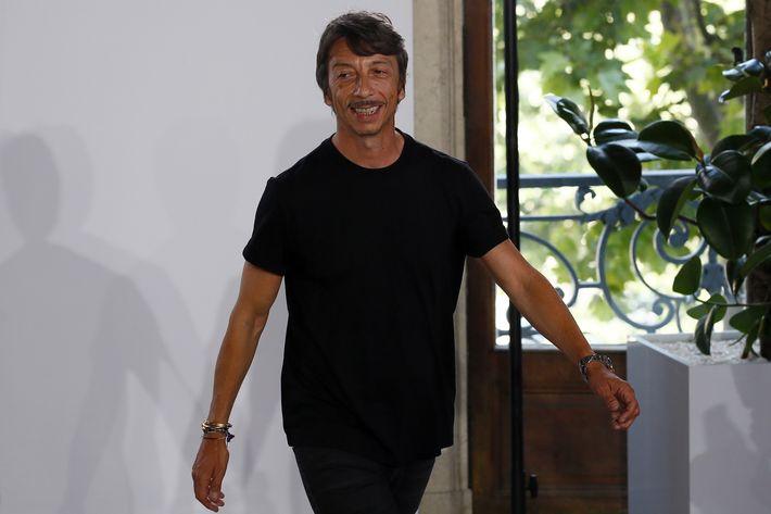 Los diseños de Valentino se han vuelto más enfocados desde que Piccioli empezó a diseñar en solitario hace unas temporadas