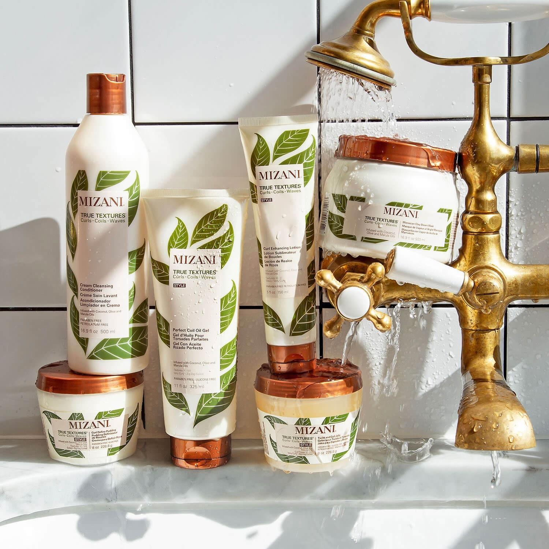 Línea de productos Mizari True Texture para el cabello rizo.