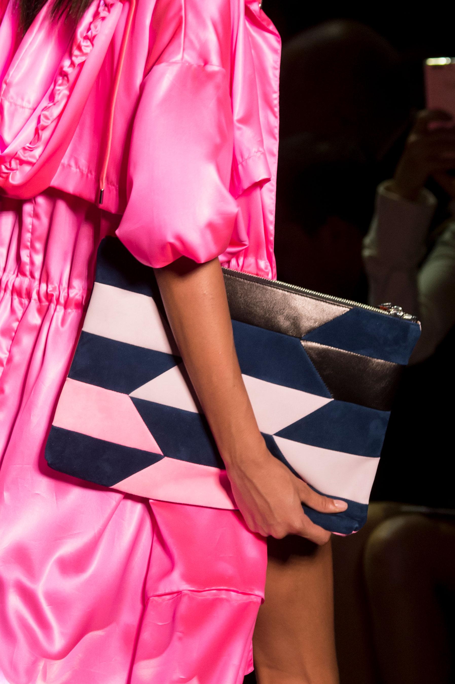 Barbara Bui también propone detalles que hagan las piezas diferentes. (The Fashion Group Foundation)