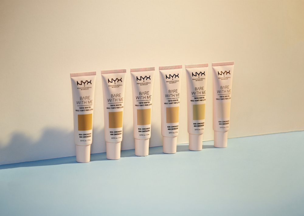 """El Bare with Me Tinted Skin Veil de NYX Professional es un tinte para el rostro disponible en 12 tonos de cobertura ligera que asegura que la piel se sienta humectada y """"flawless"""". (Suministrada)"""
