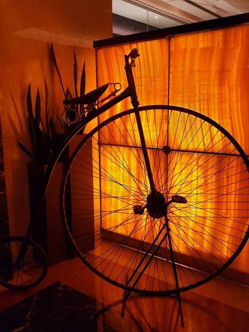 """Una bicicleta modelo """"Rudge"""" en la entrada de Marabar, formó parte de la ambientación. Foto suministrada"""