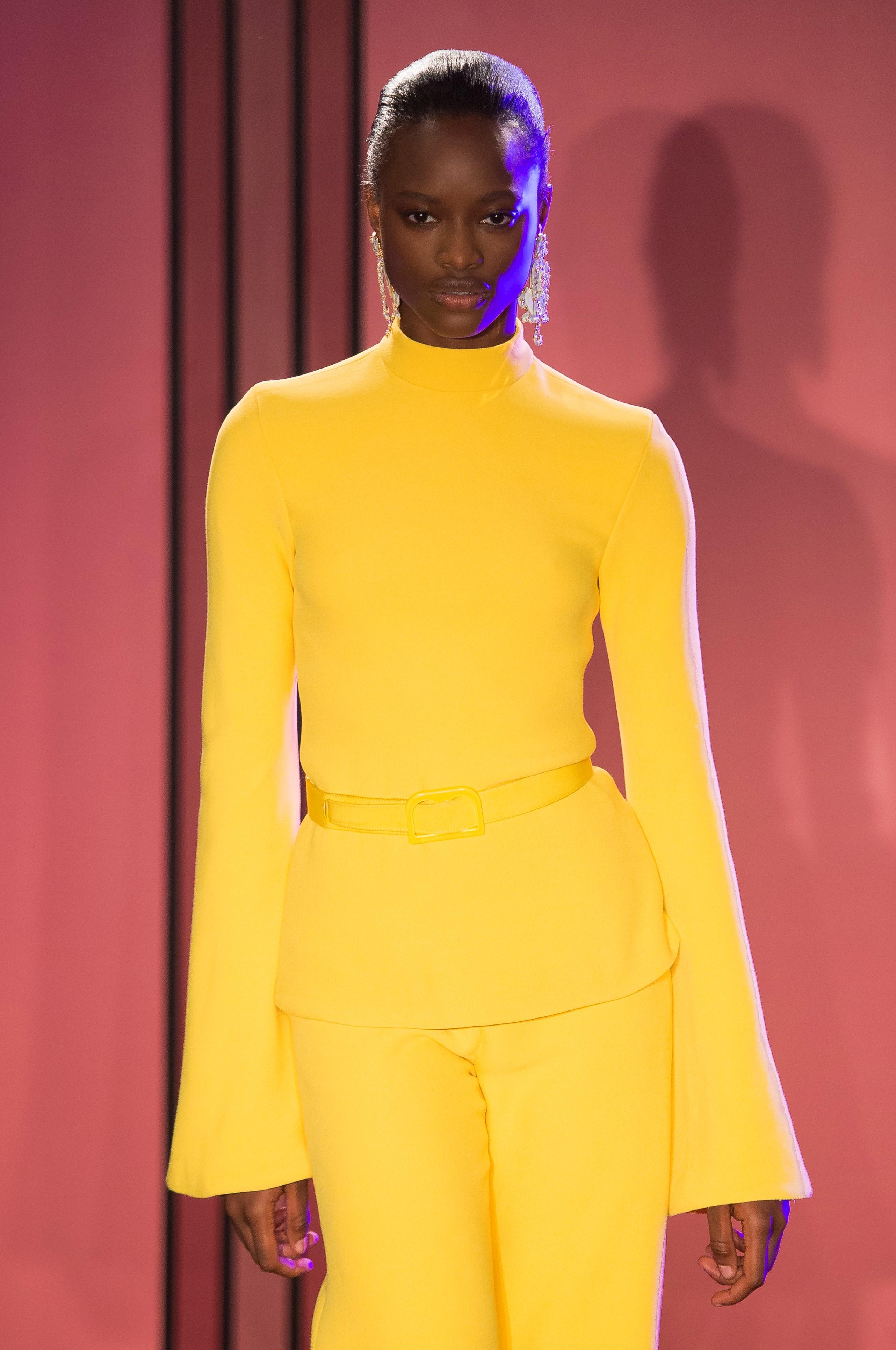 La modelo Mayowa Nicholas fue una de las más solicitadas en las pasarelas. En la foto, en  el desfile de Brandon Maxwell. (WGSN)