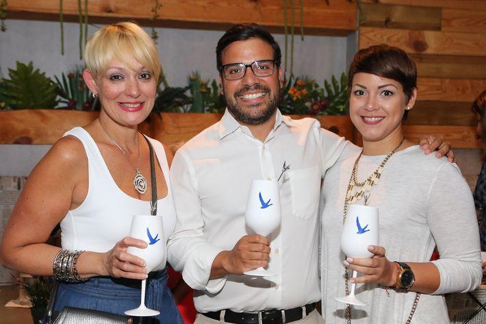 Brenda Pizarro, Ismael Marcano y Yulixa Vélez.
