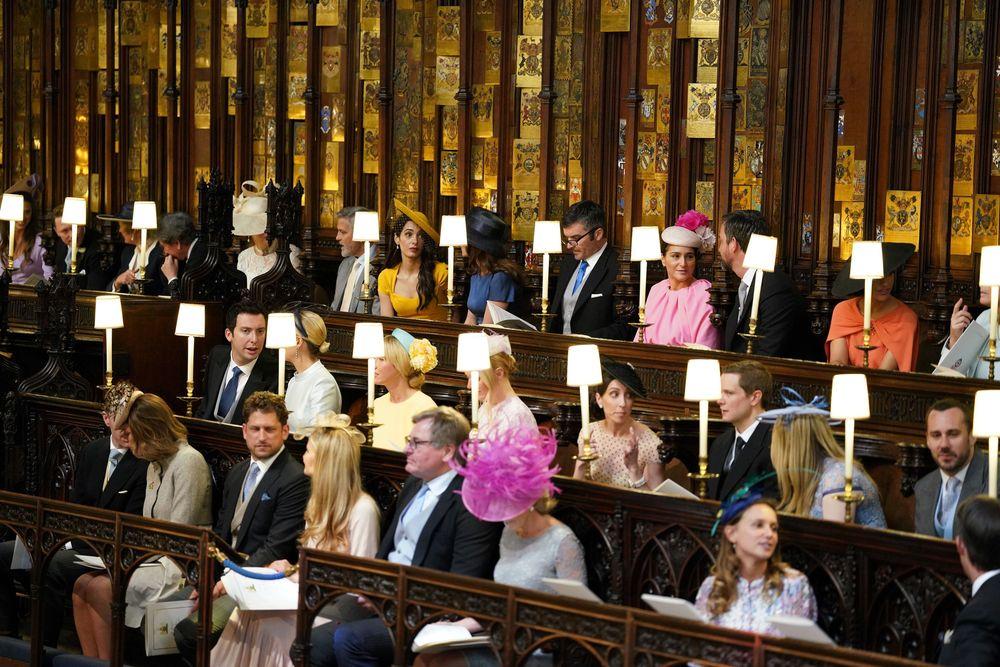 Una vista del coro donde estaban sentados los invitados más prominentes y cercanos a la pareja. (Dominic Lipinski/pool photo via AP)