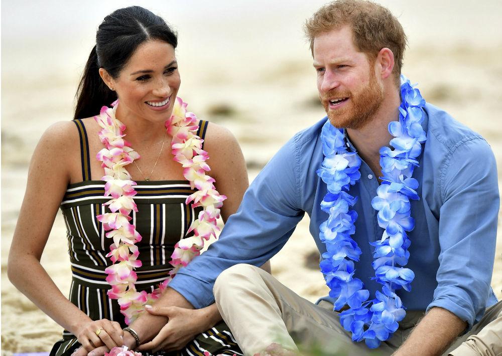 La pareja anunció el lunes que esperan su primer retoño. (Paul Edwards/Pool via AP)