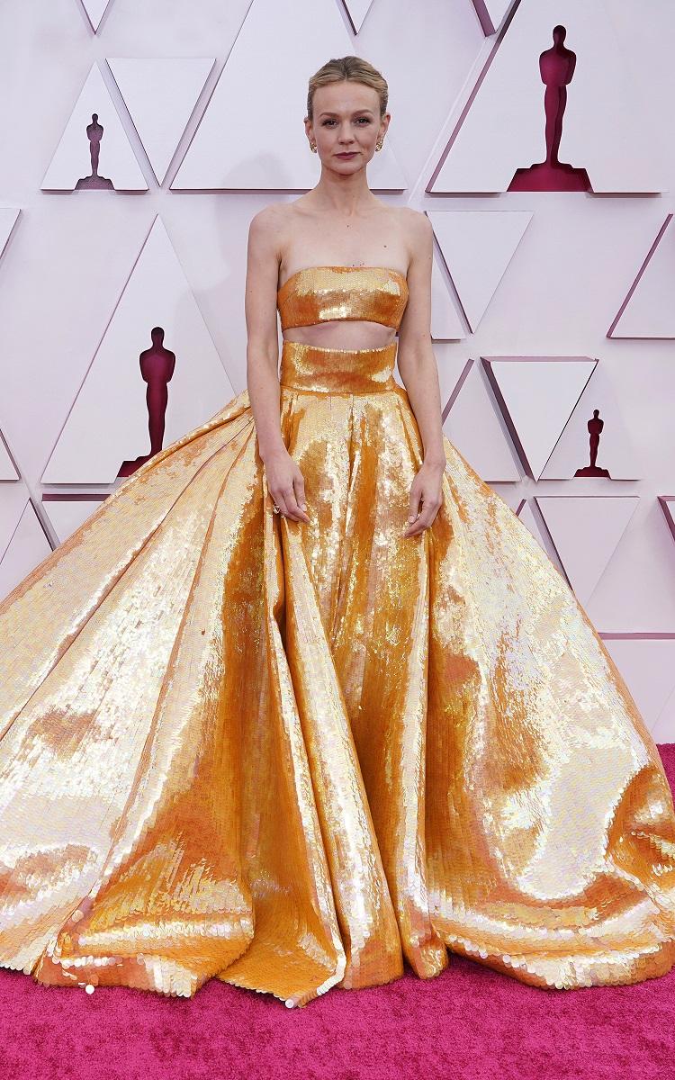 La actriz Carey Mulligan en Valentino Couture. (AP)