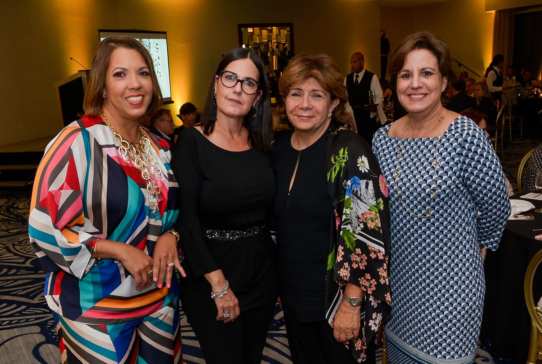 Aurlie Díaz, Mayra Chacón, Claudia Flores y Carmen Corrada. (Enid M. Salgado Mercado)