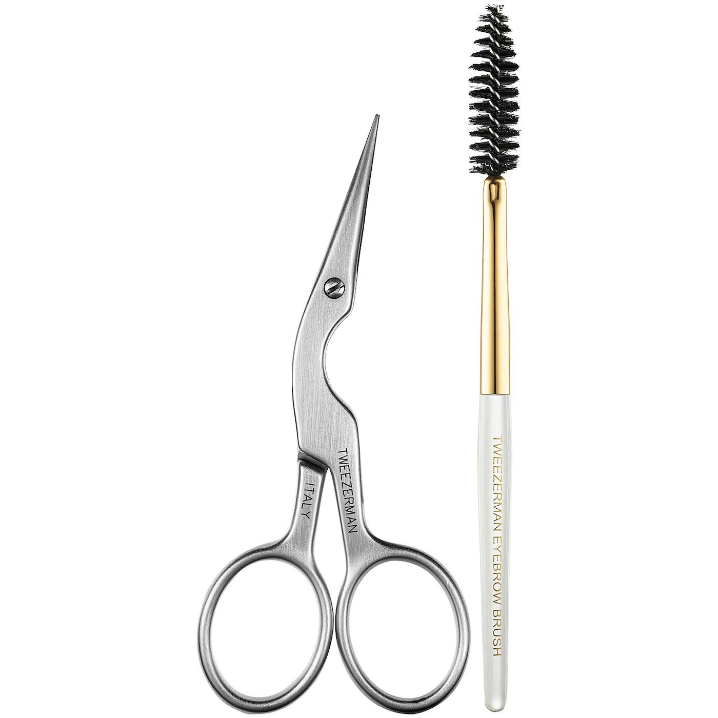 Un cepillo de cejas para poder domarlas de la manera que prefieras. Muchos vienen acompañados de tijeras especiales para cortar los vellos muy largos. Artículos de la marca Tweezerman, disponibles Sephora. (Suministrada)