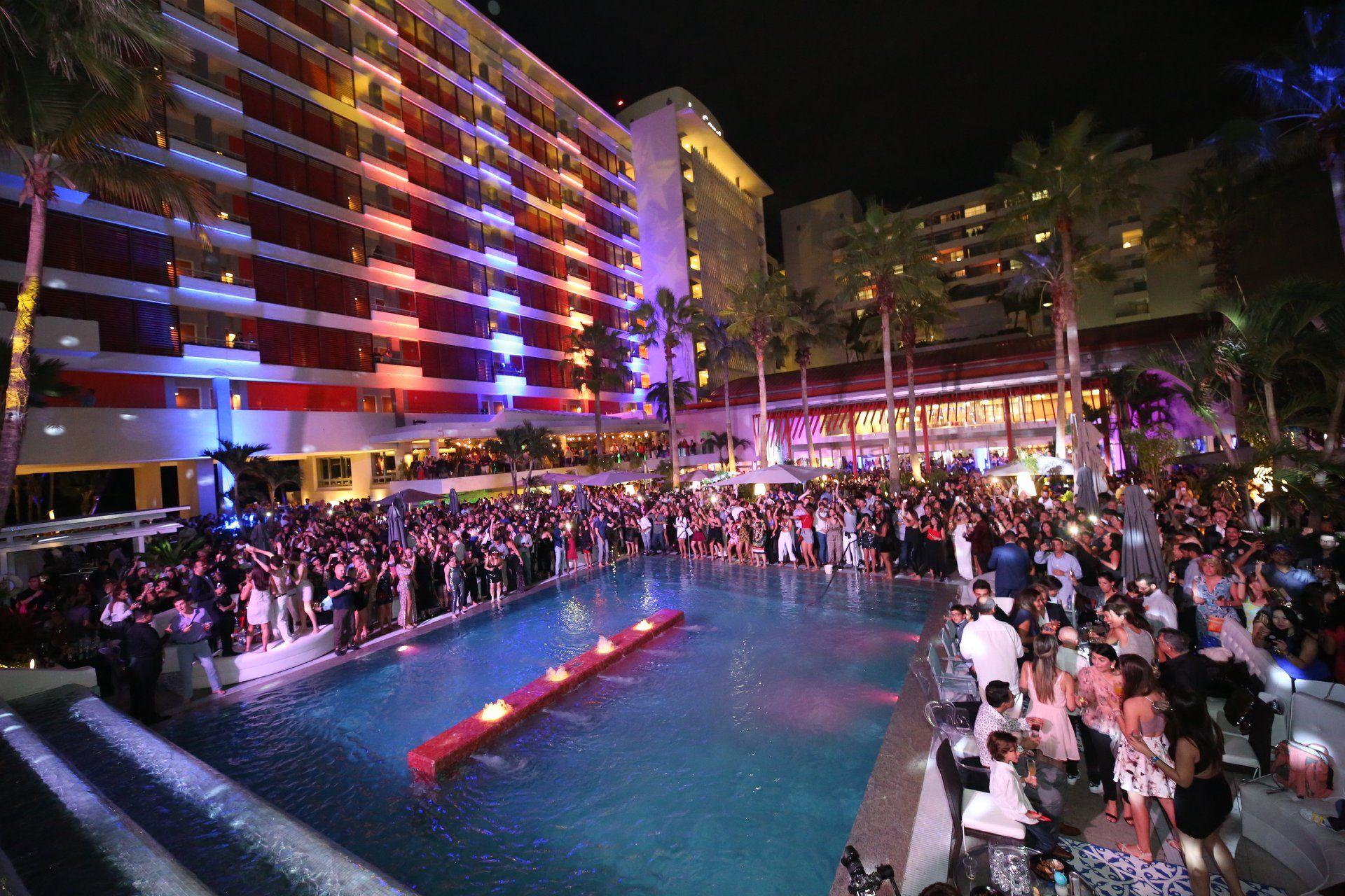 """La Concha Resort celebró """"Stardust"""", su bienvenida al 2019. Suministradas"""
