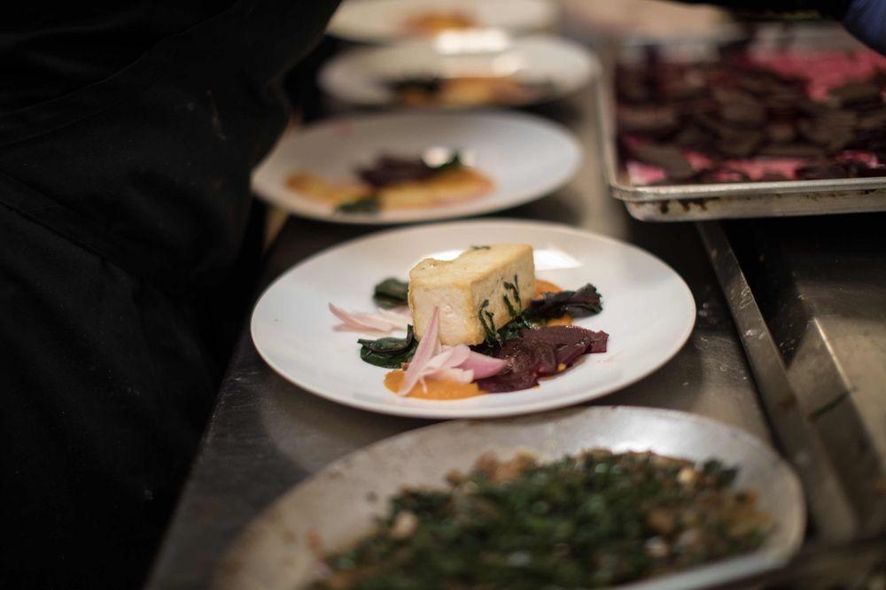 """El chef Mauro Maccioni abrió el icónico """"Osteria Del Circo"""" en Nueva York en 1996, el cual este año planifican mudar a un local más impresionante; prometiendo un área de barra moderna y energética, un lounge privado de experiencias y una bodega de vinos. (Foto suministrada)."""