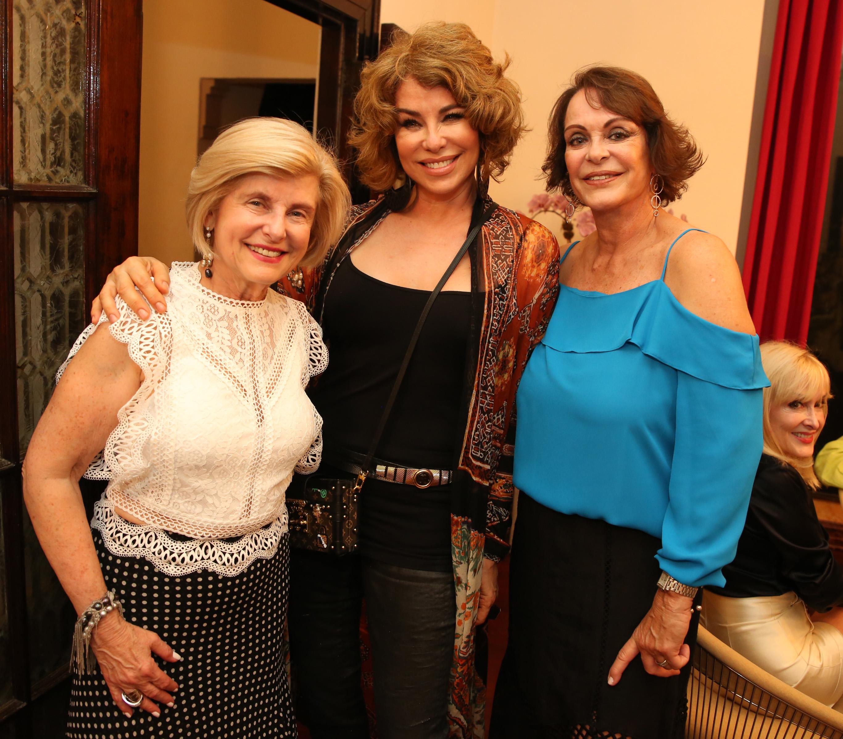Zoila Levis, Ana Abislaimán y Carola Acosta. (José. R. Pérez Centeno)