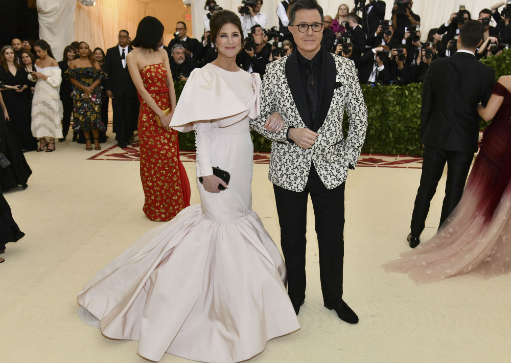 Evelyn McGee-Colbert y Stephen Colbert (AP)