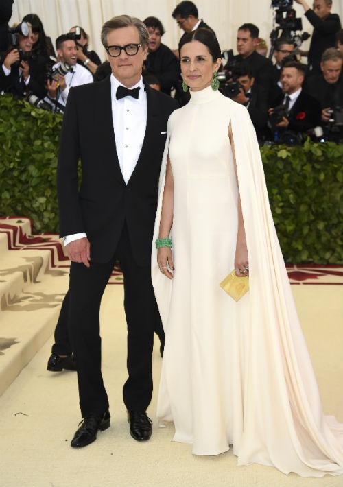 Colin Firth y Livia Giuggioli (AP)
