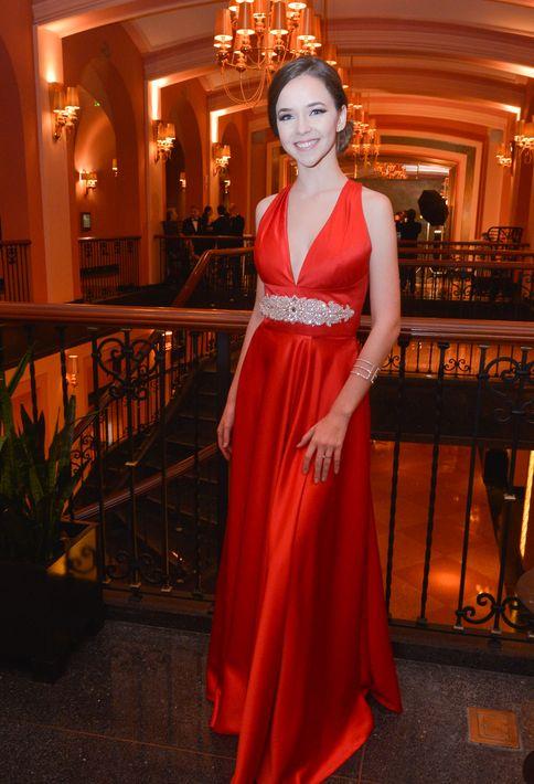 Ivanna Zych en el Prom Night de la Commonwealth-Parkville School en el hotel Condado Vanderbilt.