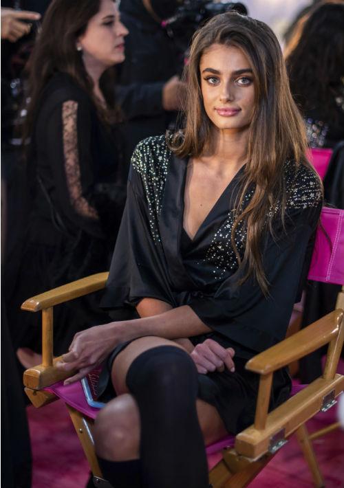 La modelo Taylor Hill. (AP)