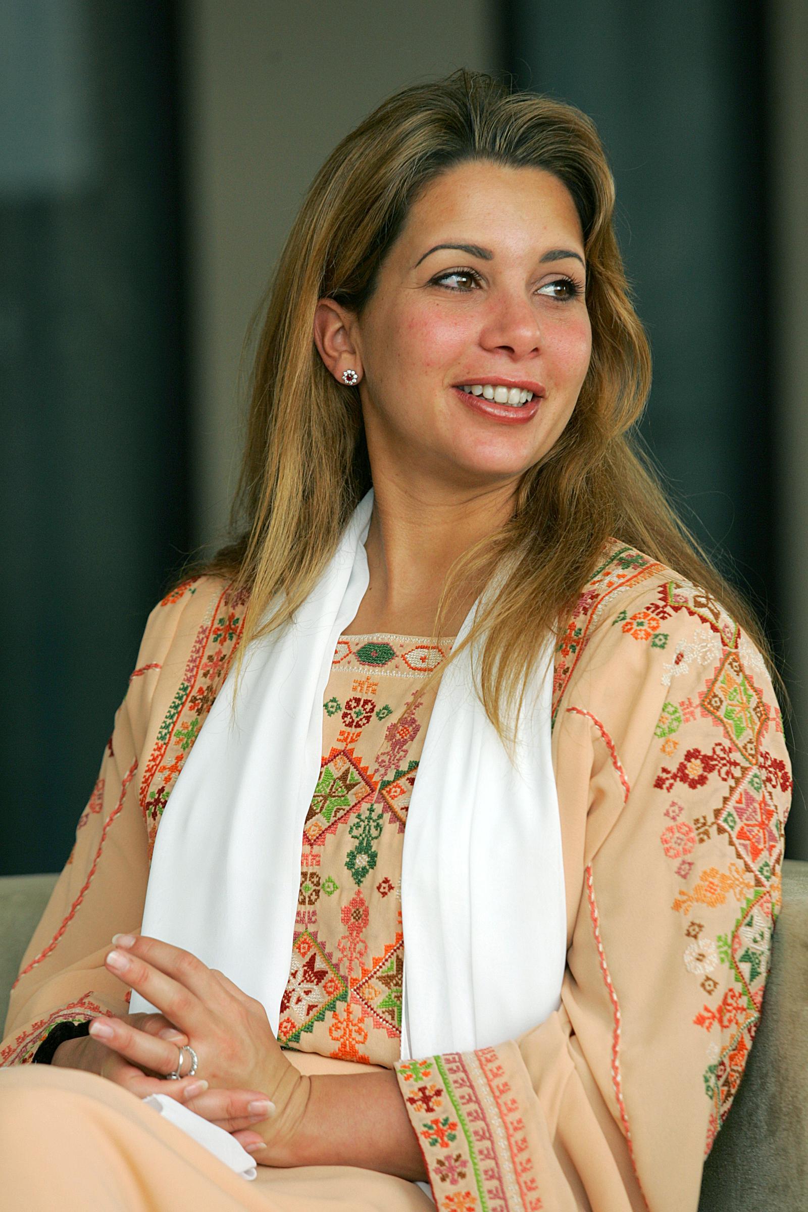 Haya es la sexta esposa del jeque de Dubái, Mohamed bin Rashid Al Maktoum, pero su linaje viene a través de su padre, el rey Hussein de Jordania. (Archivo)