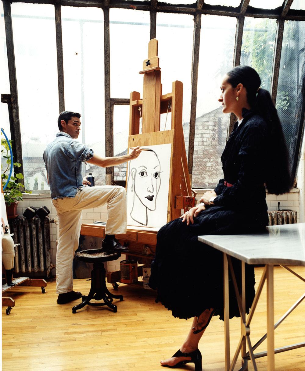 """Ruben Toledo, para quien su esposa Isabel fue siempre fuente de inspiración y motivo de su obra, aquí, en su estudio de arte de Nueva York. """"Lo importante es el impulso creativo, la chispa que prende el fuego"""", dijo la diseñadora. (Foto Suministrada)"""