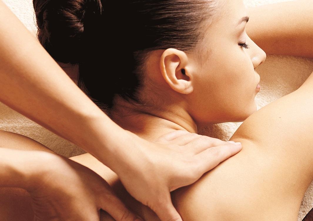 """Relajación - La mayoría de los """"spas"""" cuentan con estrictos protocolos ante la situación de la pandemia, un evento que ha ocasionado mucho estrés en los últimos meses. Agrada a tu ser querido con un certificado para un masaje que le brinde salud y relajación."""