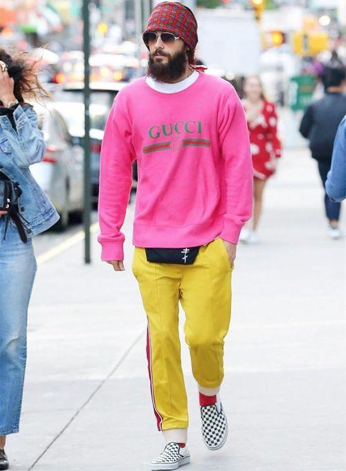 Jared Leto - Los chicos no se quedan atrás y el actor saca la cara por ellos en esta imagen tomada en las calles de Nueva York. (Foto: Captura Instagram)