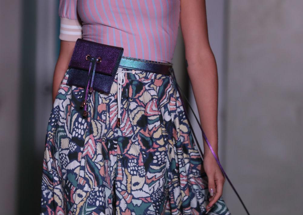 Miriam Budet también confeccionó las carteras, la joyería y el calzado que lucieron las modelos. (Foto: David Villafañe)