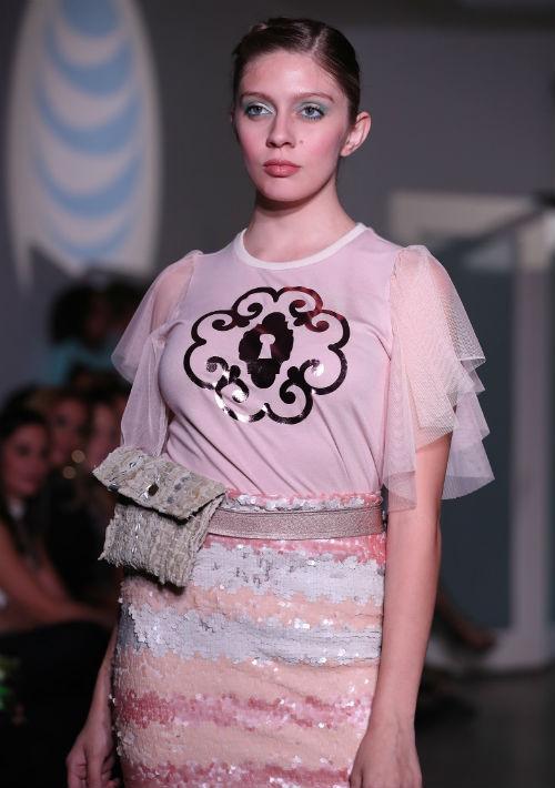 Este pase de moda marcó el inicio de la undécima edición de San Juan Moda, que se extenderá hasta el 20 de octubre. (Foto: David Villafañe)