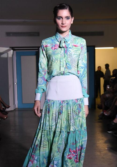 La colección estuvo compuesta por 52 cambios de ropa.  (Foto: David Villafañe)