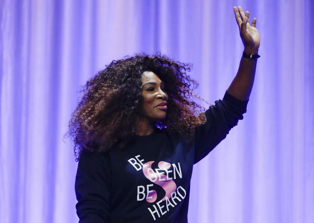 """6. Serena Williams: el empoderamiento y perseverancia la definen. Gracias a esta connotación, miles de seguidores hacen que sus apariciones en eventos deportivos generen millones de ganancias a firmas como Nike y """"Serena"""" (marca propia de la tenista). (Foto: Archivo)"""