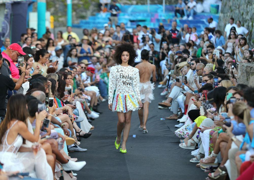 Al desfile asistieron los clientes y seguidores de la diseñadora. (Foto: Juan Luis Martínez)