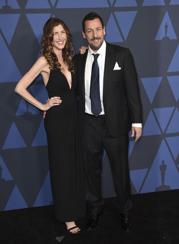 Jackie y Adam Sandler. Foto Jordan Strauss/Invision/AP