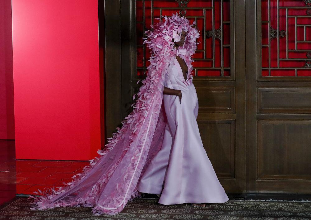 El desfile se llevó a cabo en el Palacio de verano de Pekín. (AP)