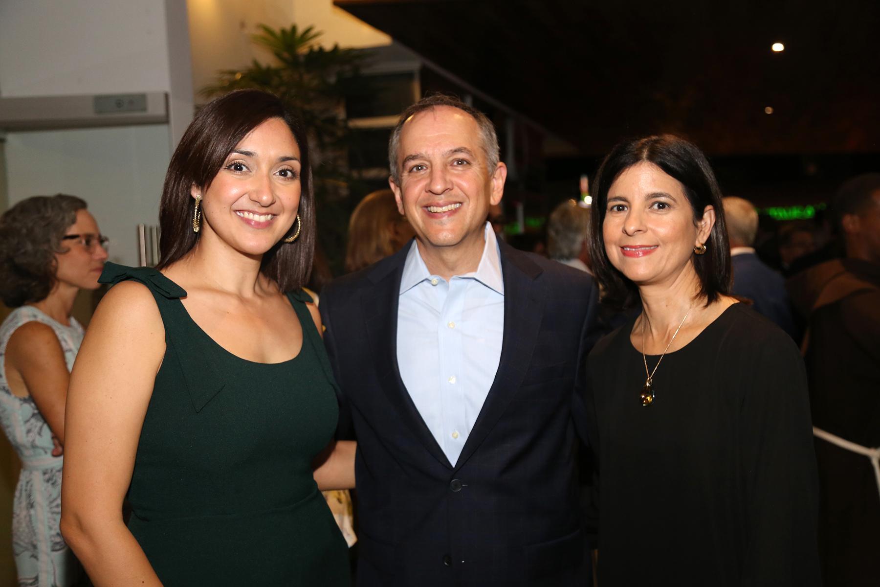 Michelle Rodríguez, Esteban Colón y Olga Bermúdez. (Foto: Nichole Saldarriaga)