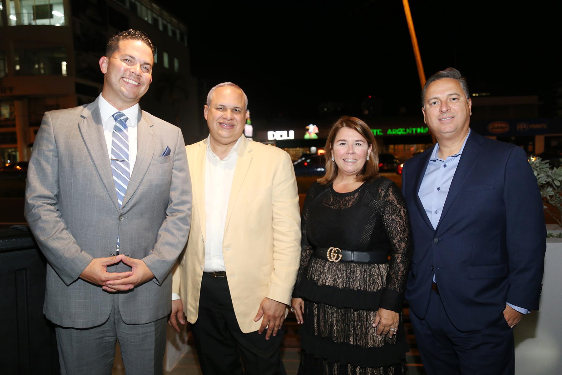 Jorge Berríos, Pedro Del Valle, Rosa Martínez y Astro Muñoz. (Foto: Nichole Saldarriaga)