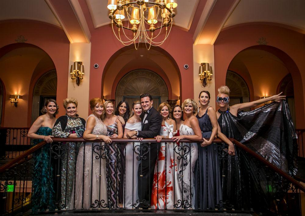 La gala tiene un lugar protagónico en la vida social y cultural de la isla y para muchos, la puerta que abre los festejos navideños y de fin de año. (Xavier García)