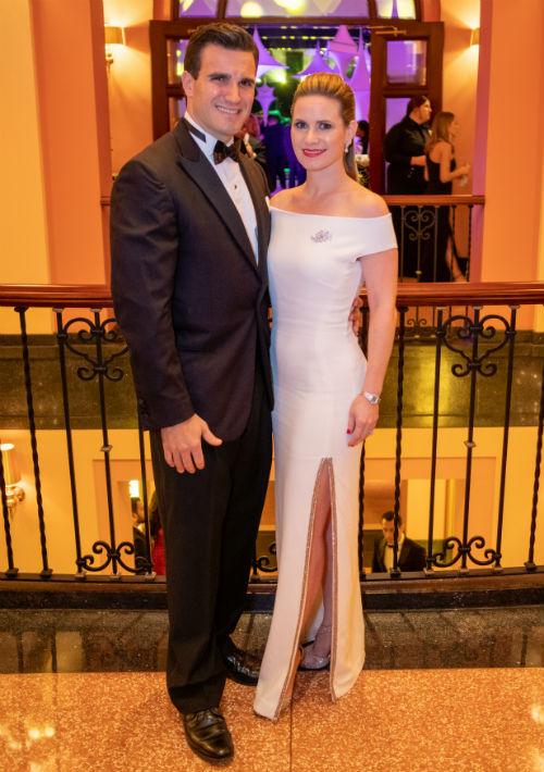 Richard L. Carrión Matienzo y Caroline McConnie. (Ricky Reyes)