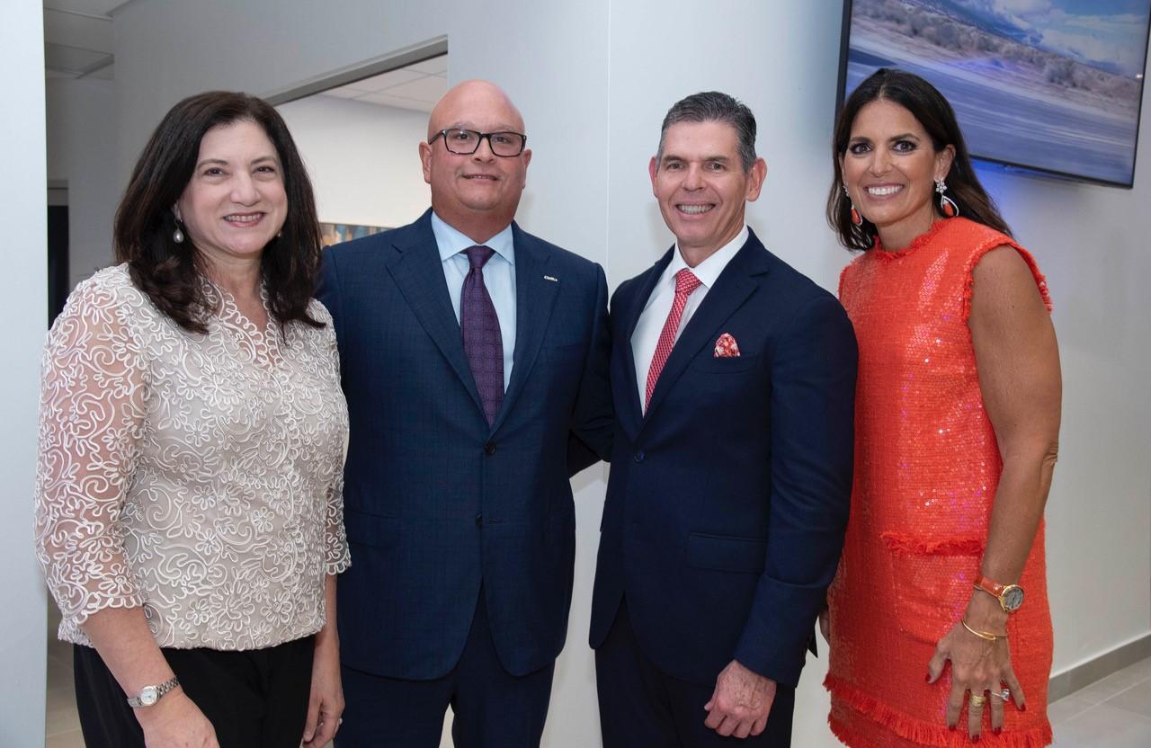 Luz Elena del Castillo, Carlos López–Lay, Héctor Pérez y María Esteve. (Foto: Suministrada)