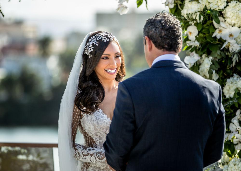 El arreglo de la novia estuvo a cargo de Josy Andrades. (Emilio León Photography)