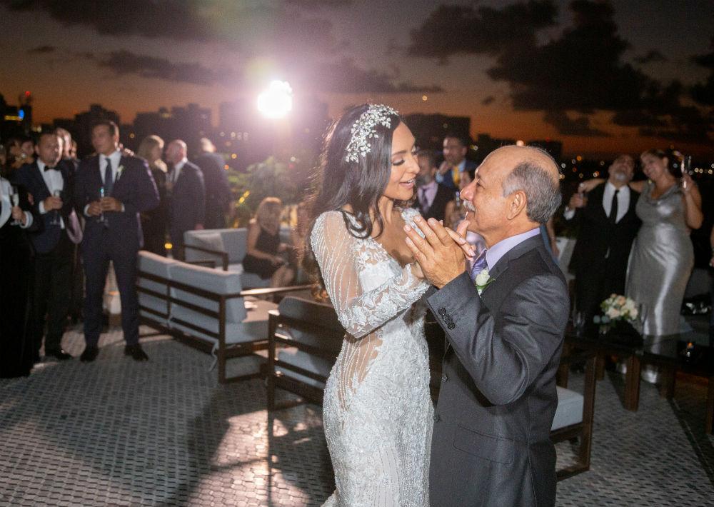 La pareja estuvo rodeada de sus familiares y amigos más cercanos. (Emilio León Photography)