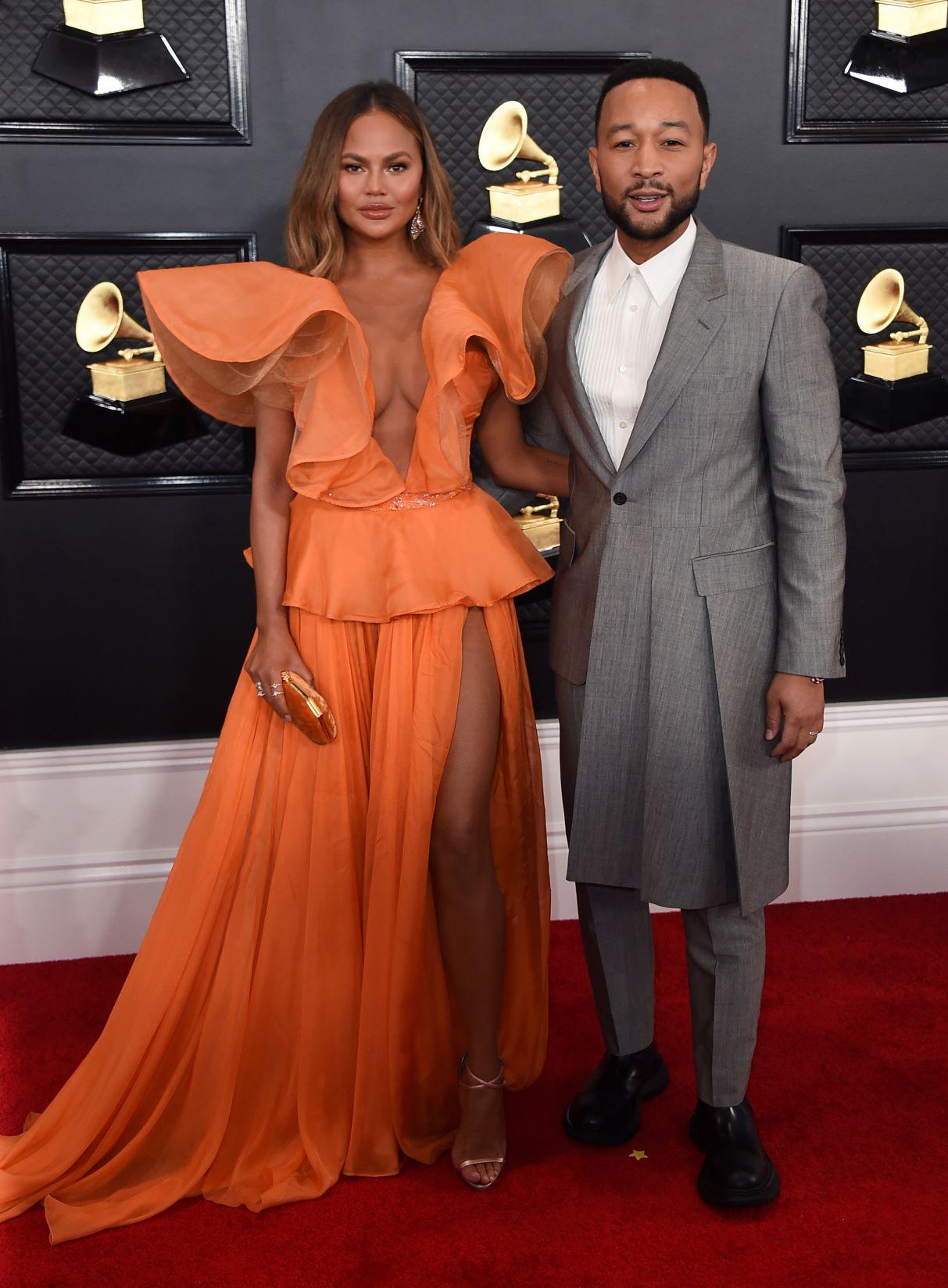 Chrissy Teigen y John Legend. (AP)