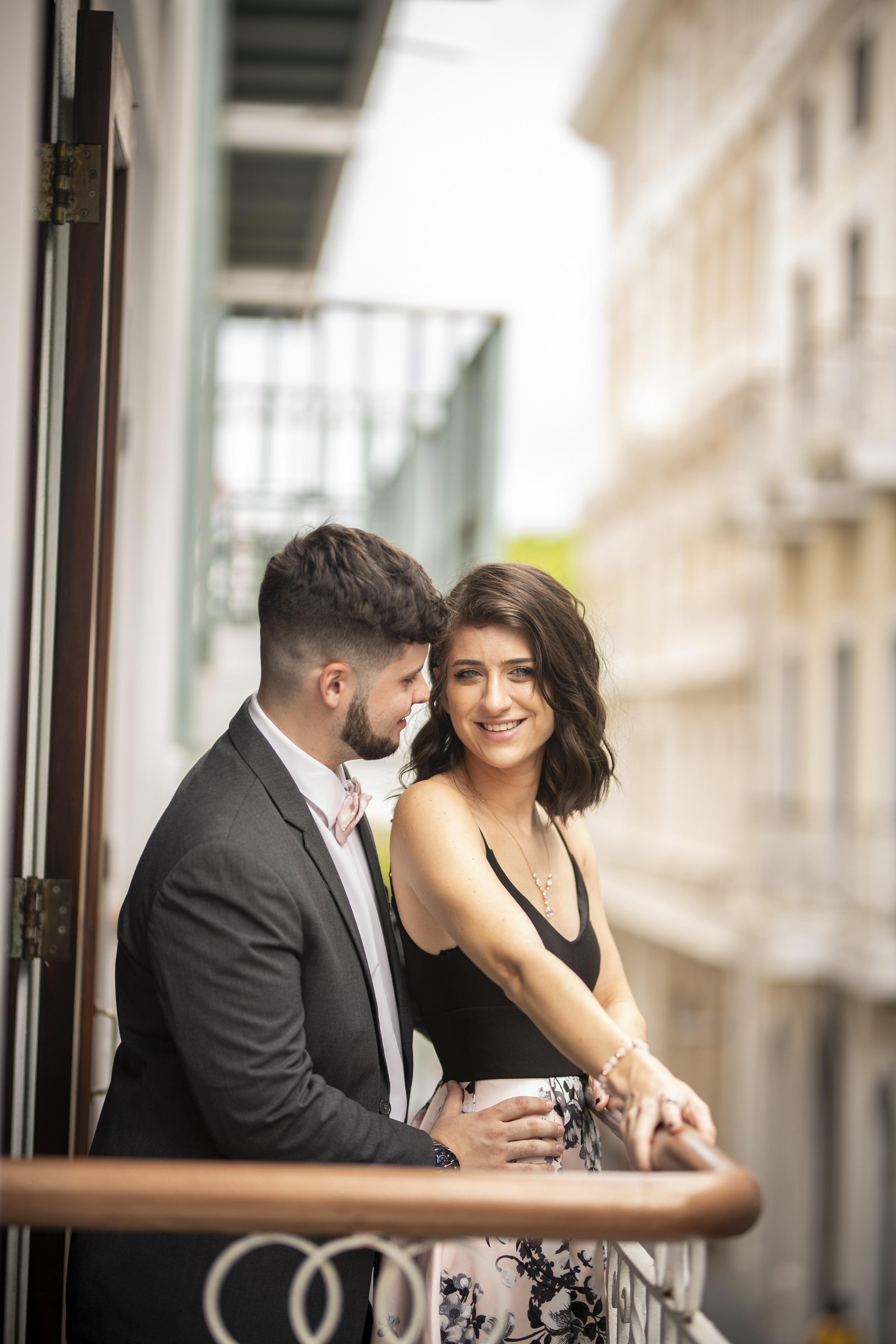 Atuendo de la novia: Mac Duggal. Atuendo del novio: Leonardo's Fifth Avenue (Raúl Arzuaga)